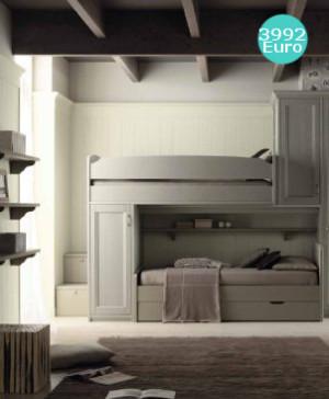 soppalco con armadio e libreria in legno